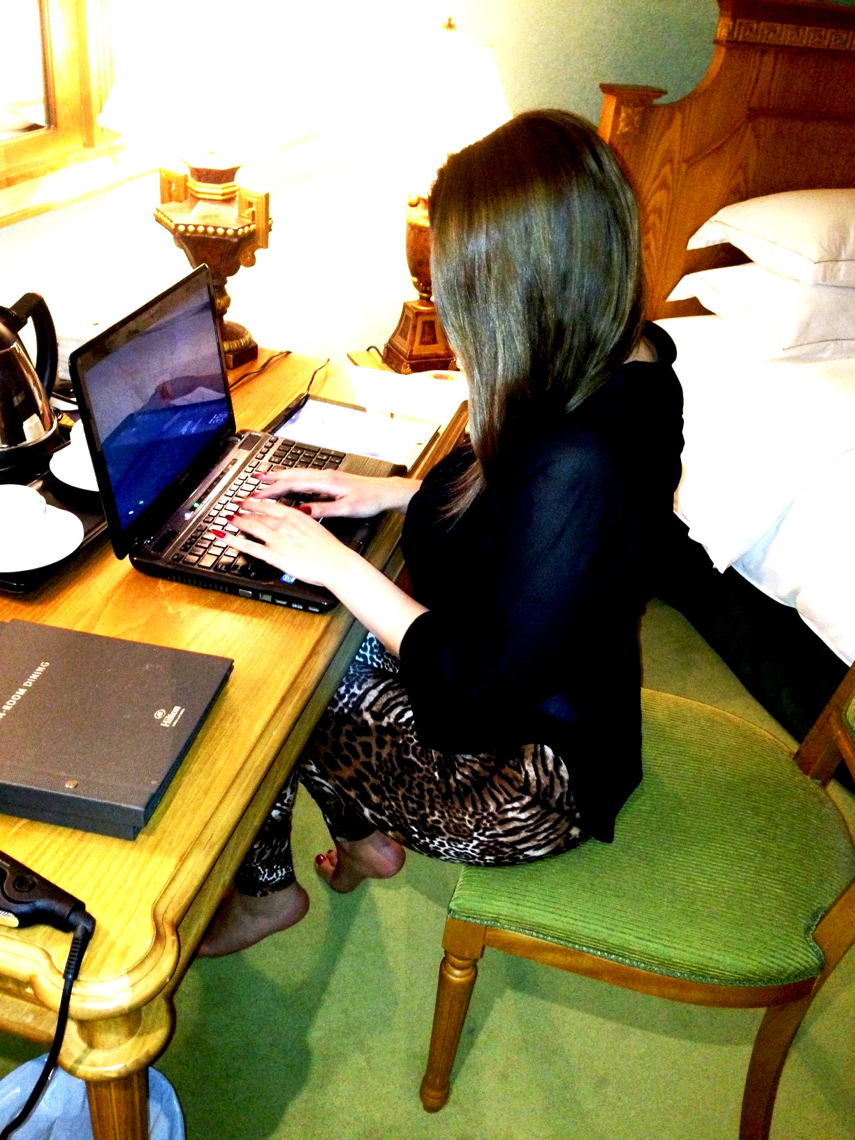 arab business woman influencer dubai beirut